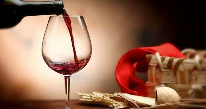Pour & Explore: Olde World Wines