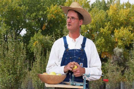 Farmington's Johnny Appleseed