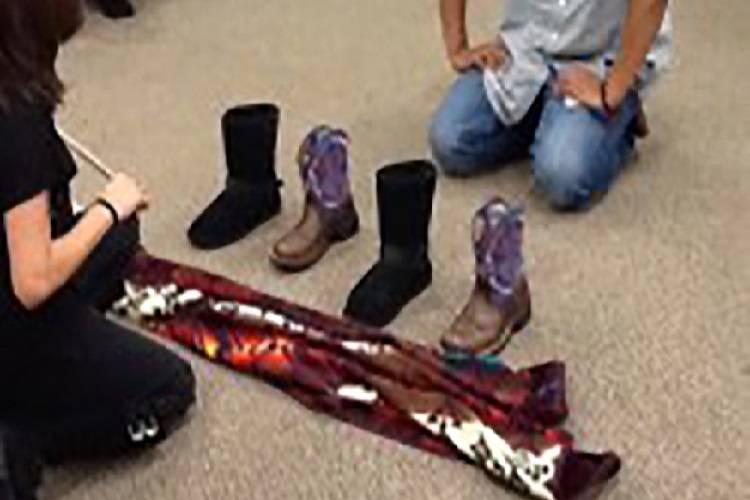 Keshjee' (Navajo Shoe Game)
